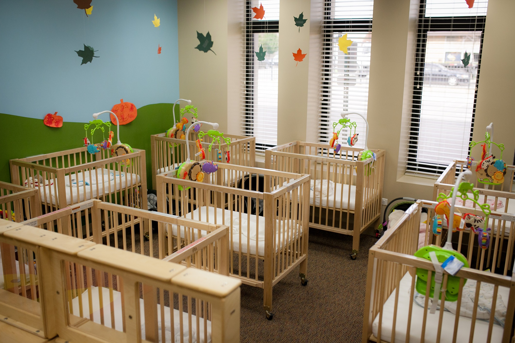 Baby cribs for daycare centers - Baby Cribs For Daycare Centers 48